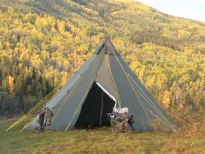 Outfitter_TIPITENT_Hunting_Camp