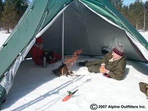 Tipitent-ice-fishing