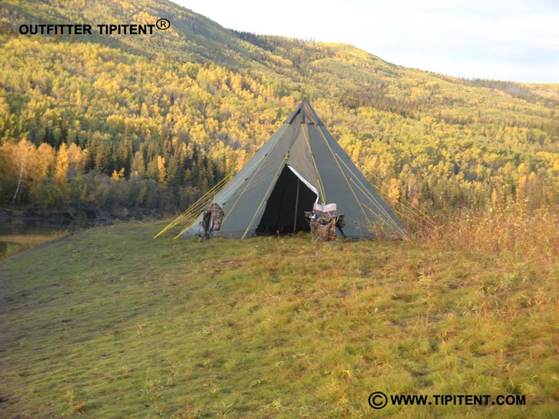 Outfitter-TIPITENT-Moose-Ca